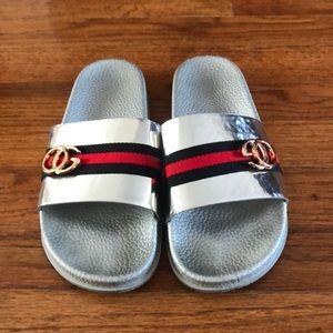 Shoes - Super cute slides!